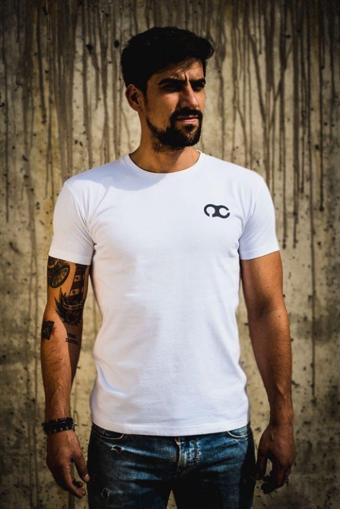 Nitrocycles presenta una nueva línea de camisetas.